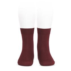 Plain stitch basic short socks GARNET