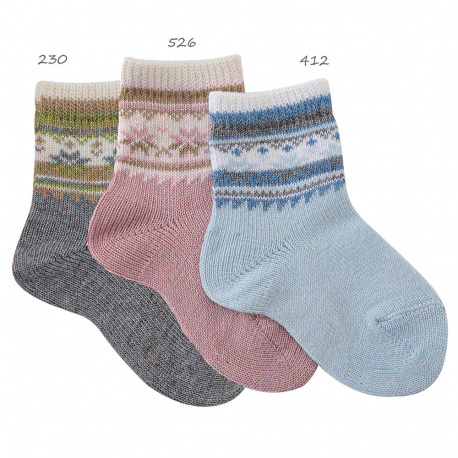 Snowflake border short socks