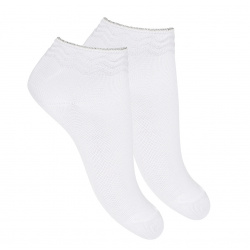 Zig-zag border ankle socks with metallicyarn