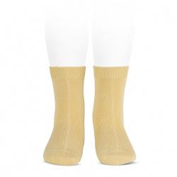 Plain stitch basic short socks BANANA